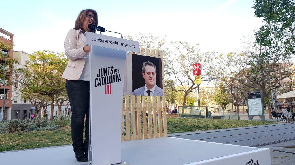 Laura Masvidal a un acte a Nou Barris