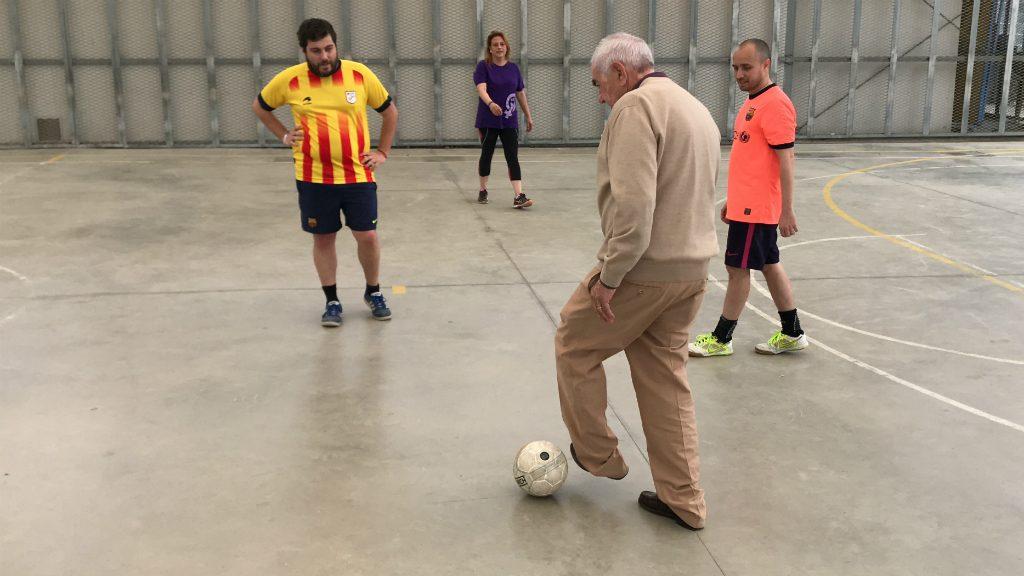 Maragall juga a futbol