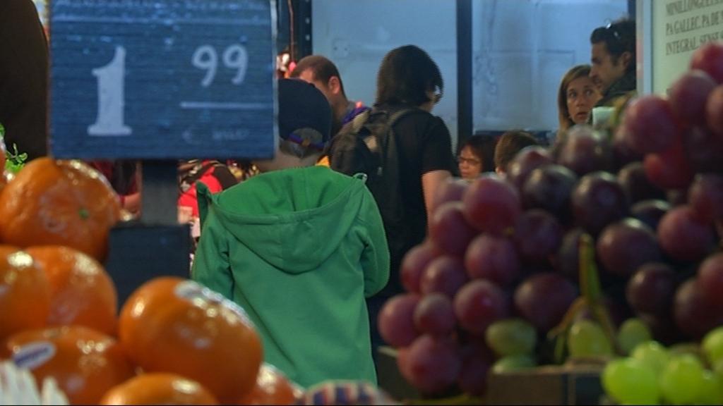mercat de la boqueria parades de fruita