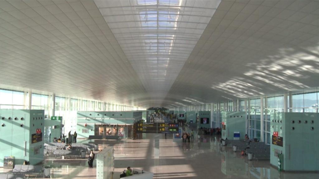 aeroport del prat instal·lacions interiors