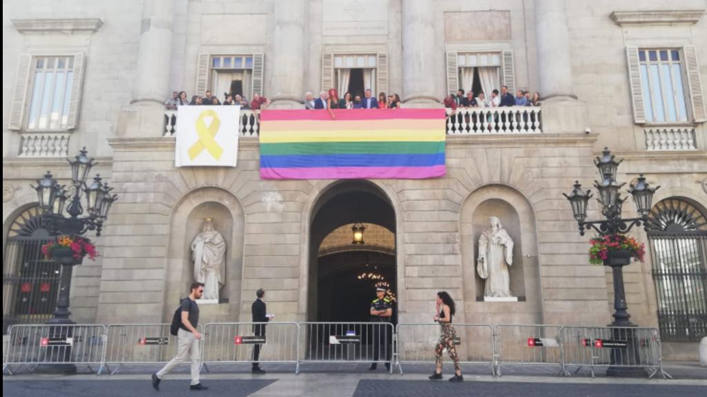 Penjada penó LGTBI balcó Ajuntament