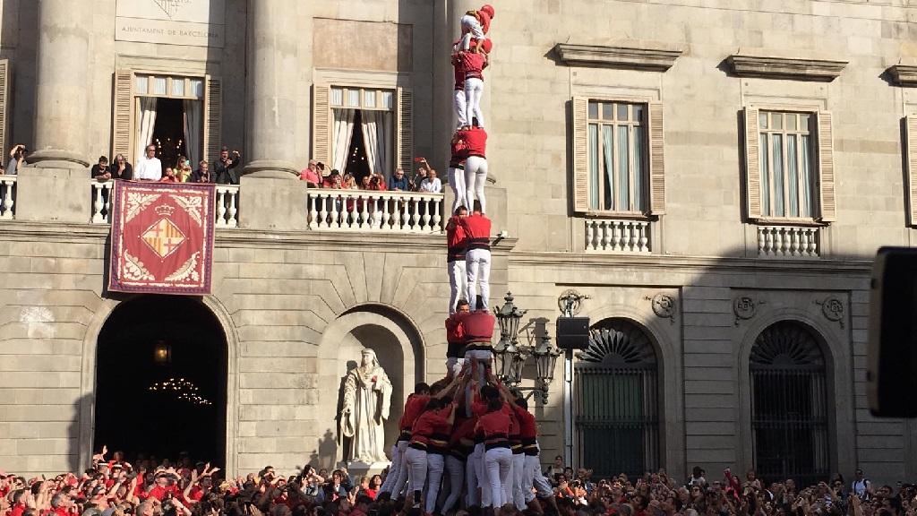 2d8 amb folre de la Colla Jove dels Xiquets de Valls