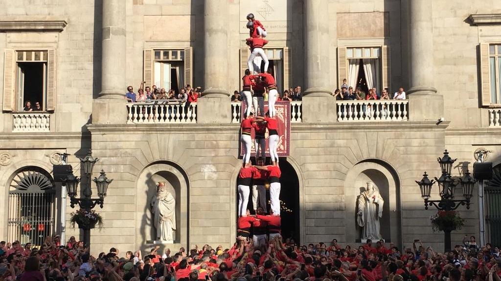 Castellers de Barcelona descarreguenun 3d8