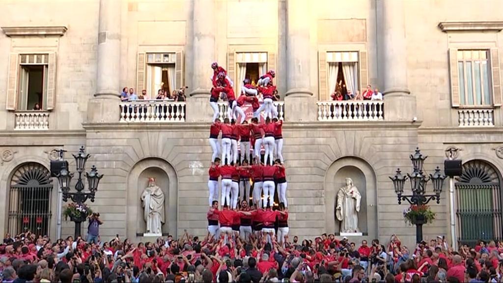 Els Castellers de Barcelona coronen el 7d7
