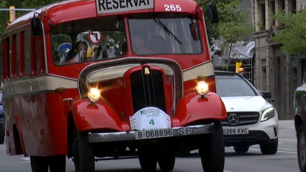 Ral·li d'autobusos històrics