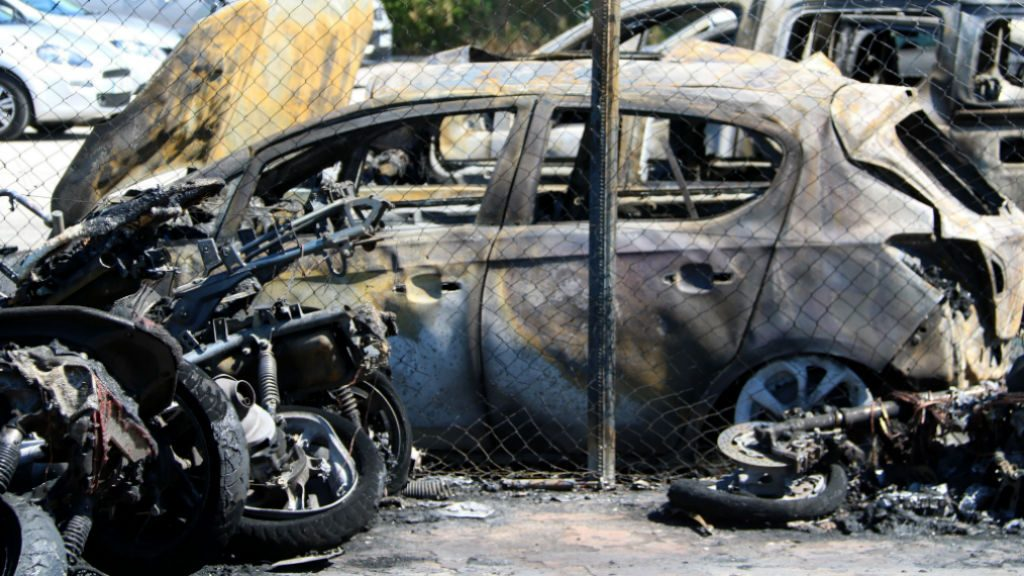 Incendi cotxe cremat aeroport