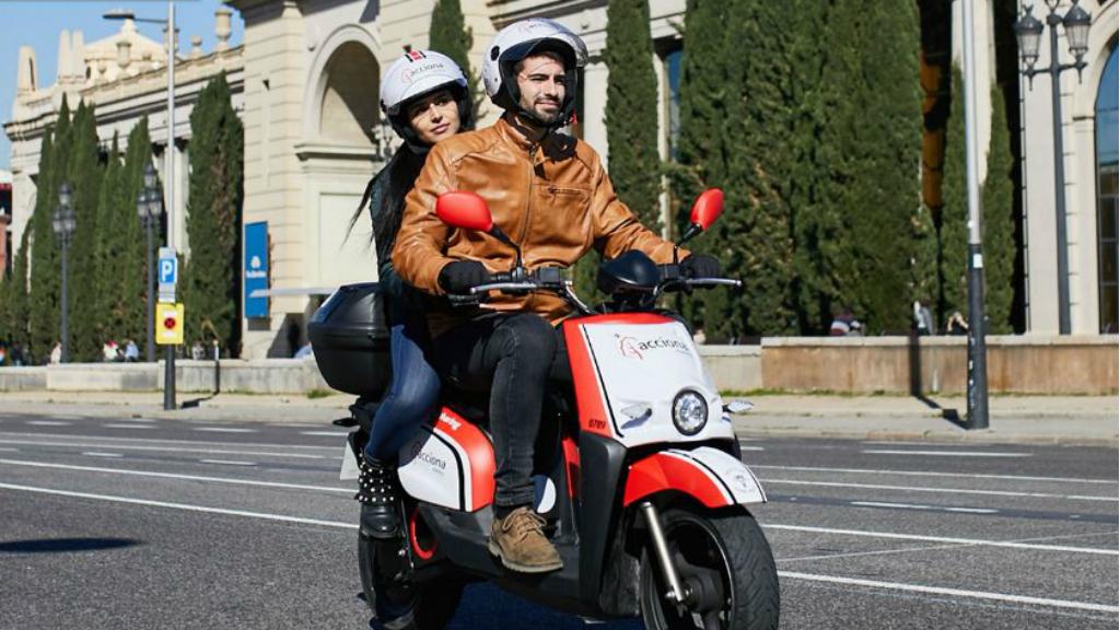 Servei de motos compartides d'Acciona