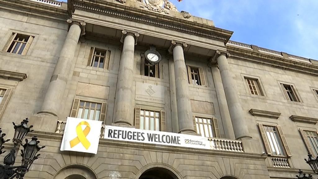 pancarta refugiats ajuntament
