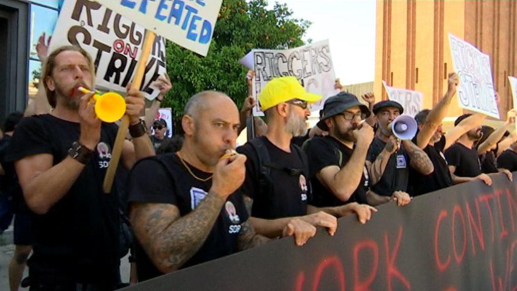 Protesta muntadors escenaris