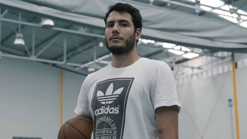 Àlex Abrines diu que vol tornar a jugar a bàsquet