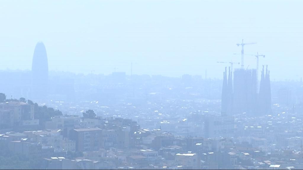 Contaminació a Barcelona des de Collserola