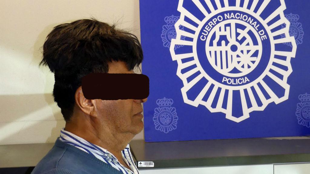 Detingut per amagar cocaïna a la perruca