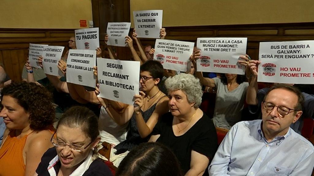 protesta ple Sarrià - Sant Gervasi