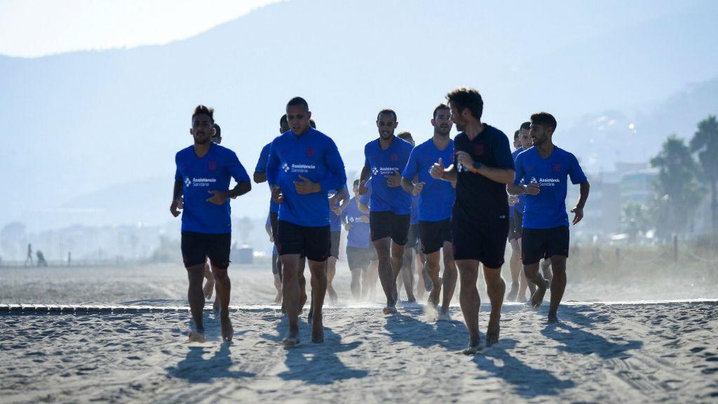 Barça futsal entrenament a la platja 2019