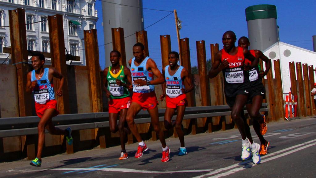 Geoffrey Kamworor mitja marató rècord món Marc Roig