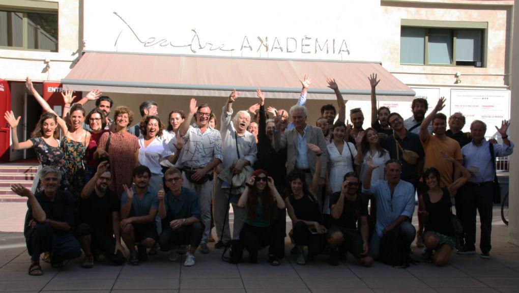 Fotografia de grup nova temporada Teatre Akadèmia