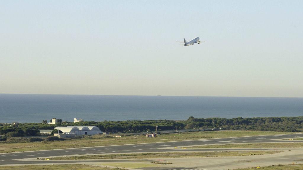 aeroport del Prat avió volant