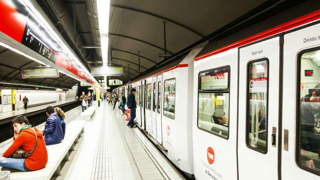 metro andana linia 1 vermella