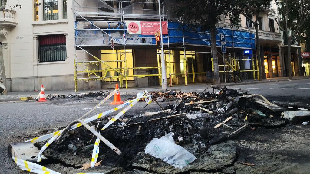 restes contenidors cremats