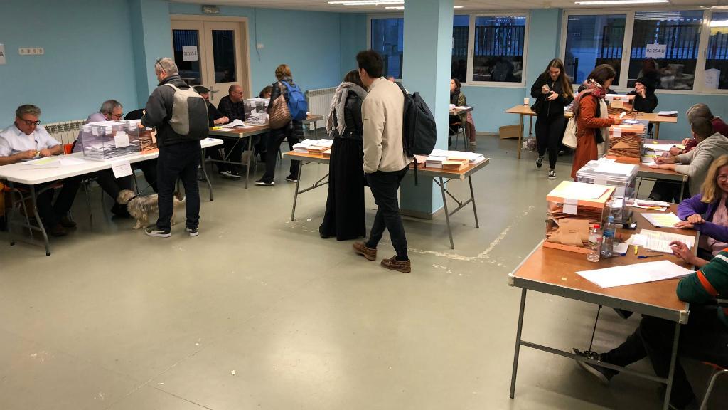 salesians rocafort poca afluencia votants