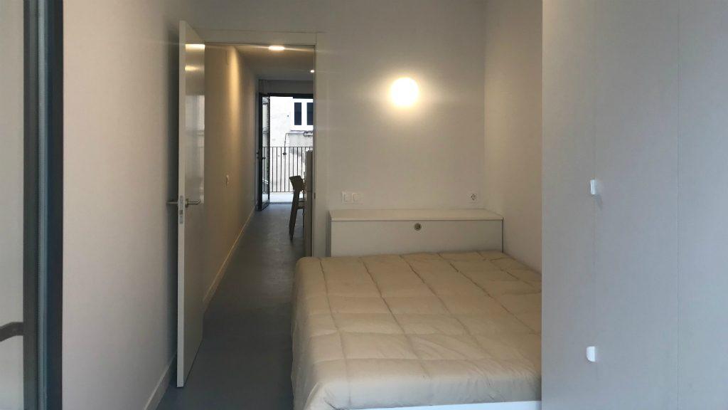 habitacio simple pis aprop
