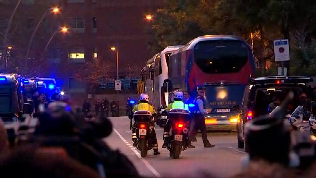 Autocars del FCB i el Reial Madrid