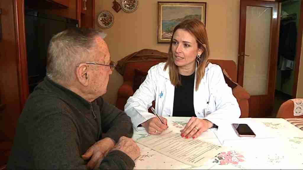 El CAP Ramon Turró també fa atenció domiciliària d'administratius