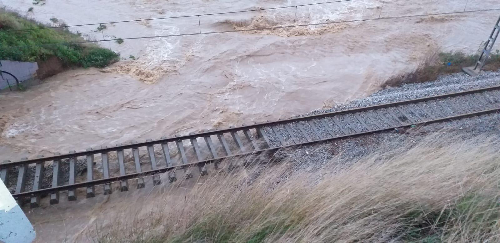 inundacions vies de tren renfe rodalies