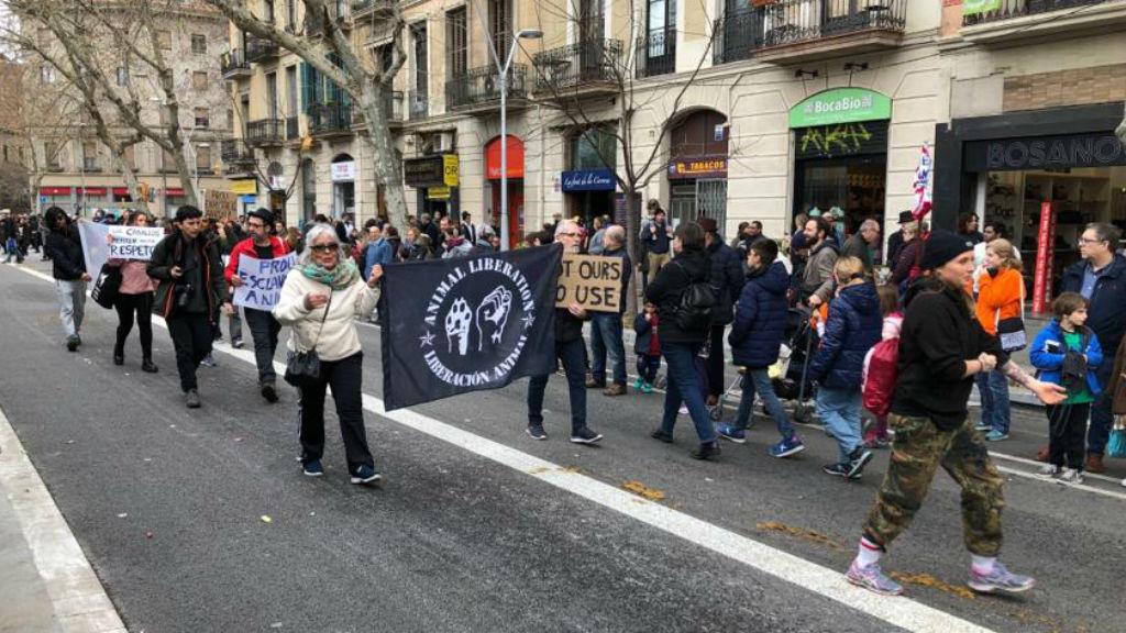 Protesta animalista als Tres Tombs