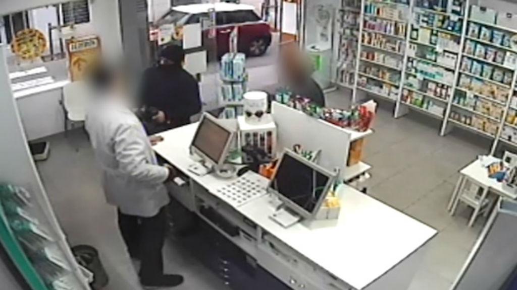 Robatori en una farmàcia