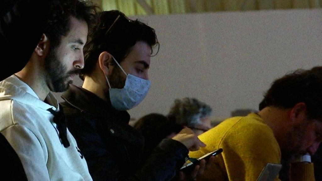 Mascaretes pel coronavirus a presentació de Huawei