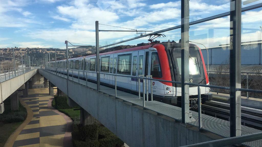 estació metro Zona Franca L10 Sud