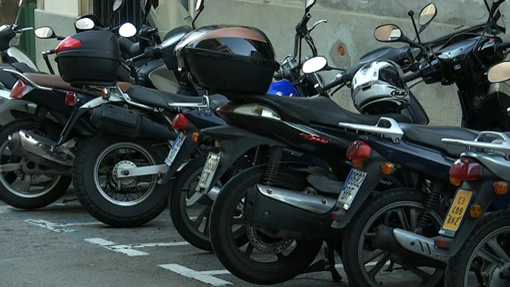 Motos aparcades