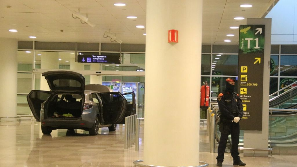 cotxe-aeroport-200320