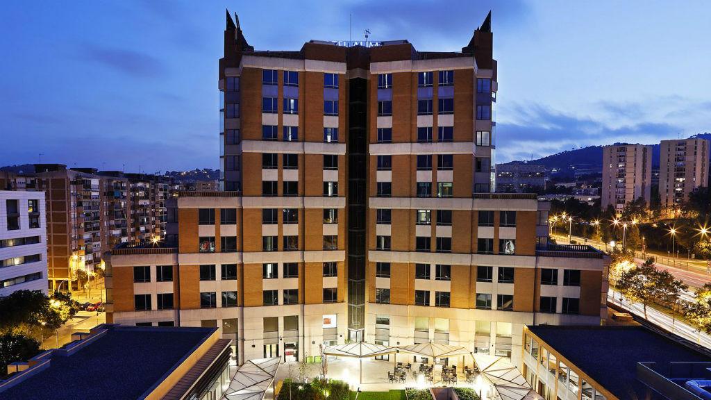 Façana de l'Hotel Alimara