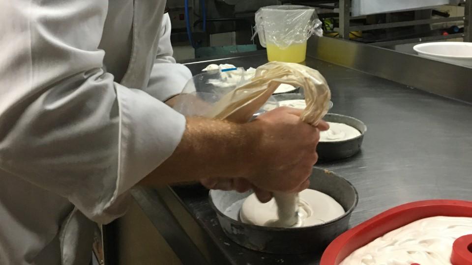 Pastisseria Vives Mona a Casa