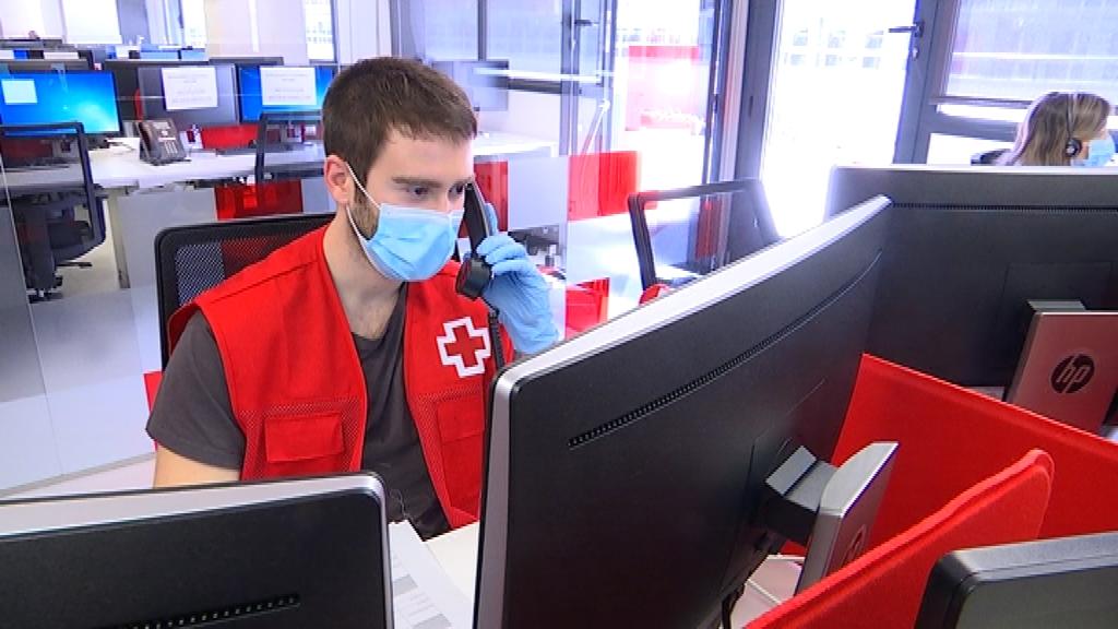 Atenció telefònica Creu Roja