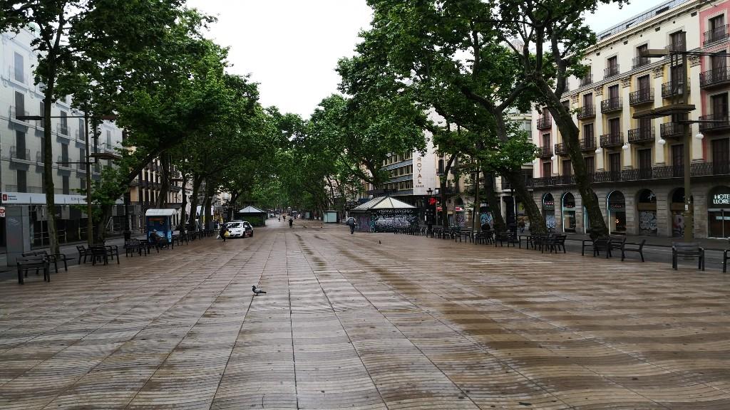 Barcelona buida diumenge de desconfinament fase 0 Rambles