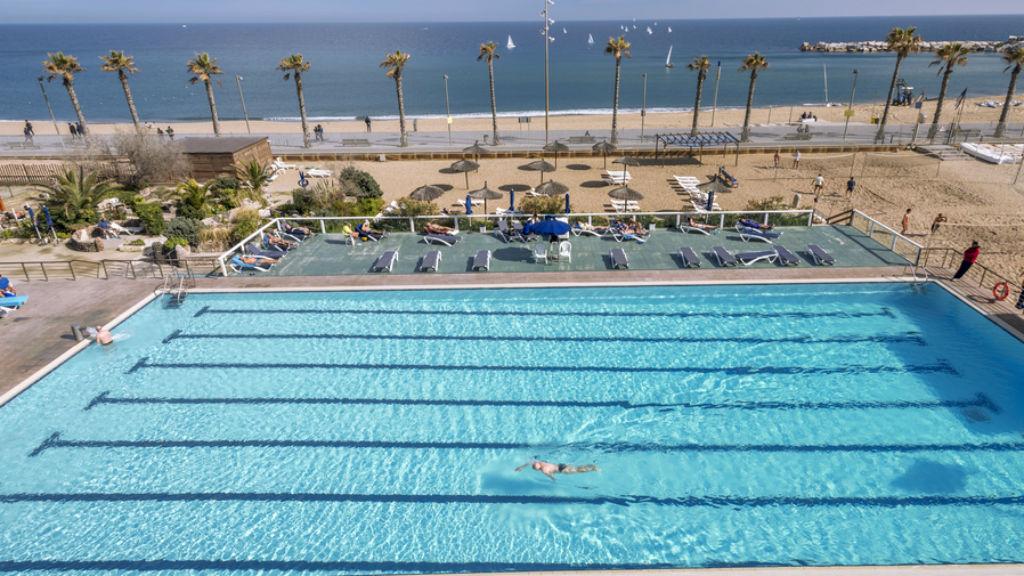 Natació Barcelona vol obrir les piscines