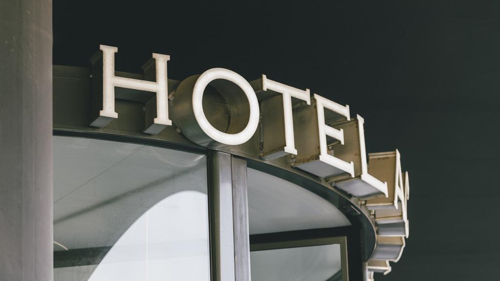 Rètol d'un hotel