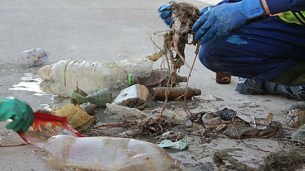 plàstics mar Barcelona
