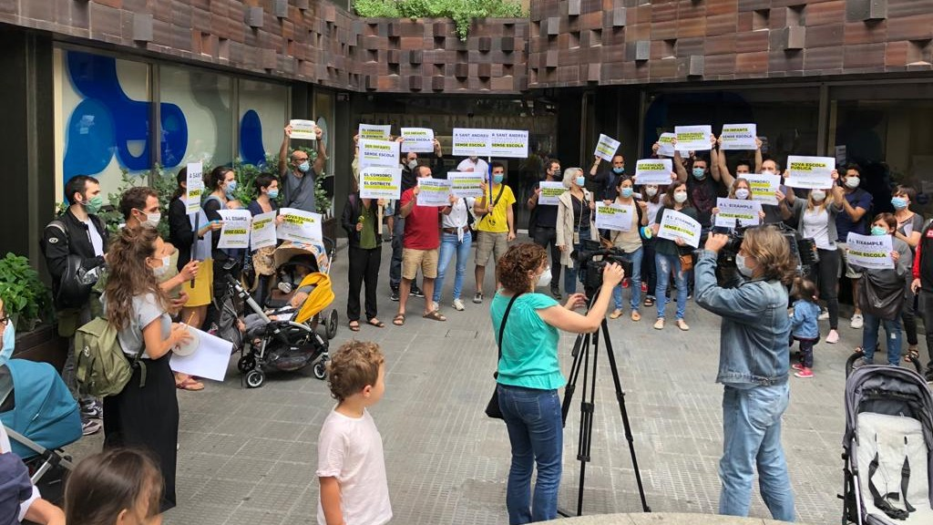 protesta plataforma p3 consorci educació