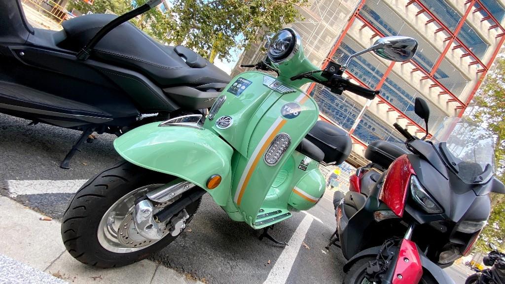 moto compartida Barcelona motosharing yego