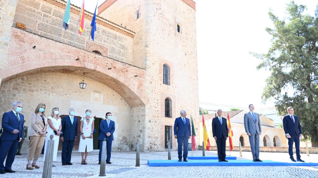 Acte simbòlic d'obertura de la frontera entre Espanya i Portugal aquest 1 de juliol de 2020