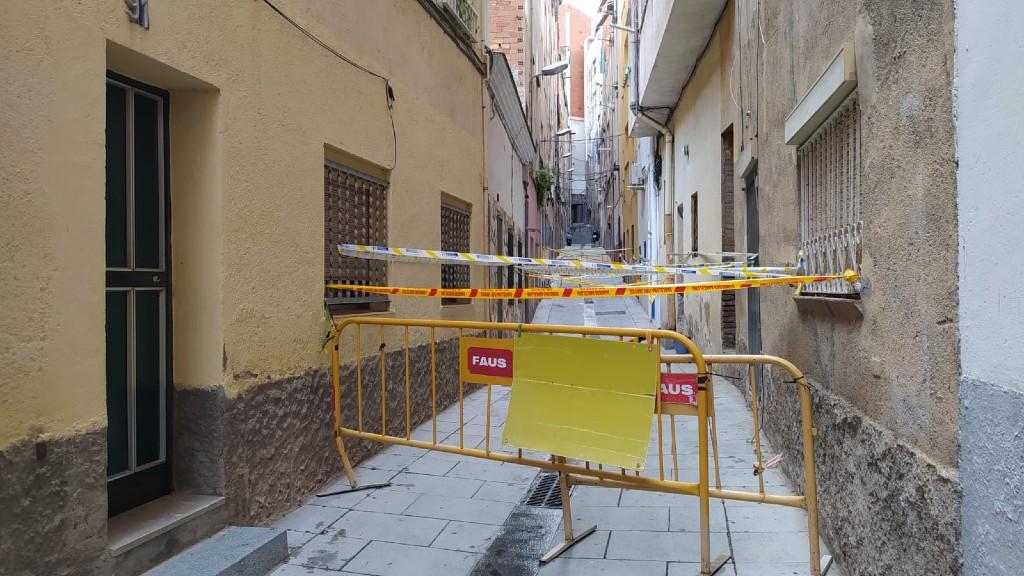 Edificis mal estat carrer Sigüenza