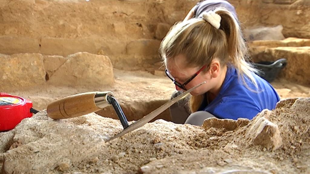 Excavacions al jaciment arqueològic del Mercat del Born