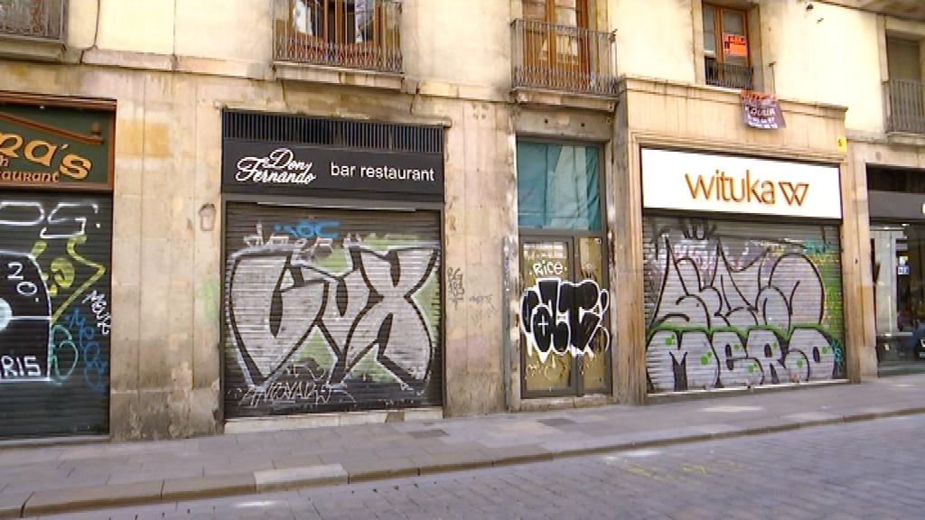 botigues tancades carrer ferran