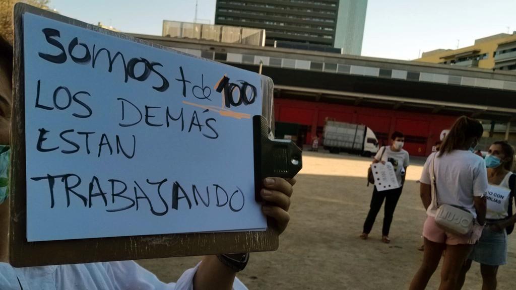 Protesta de famílies de l'escola Sant Martí