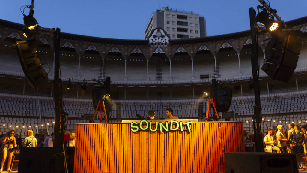 sound it plaza