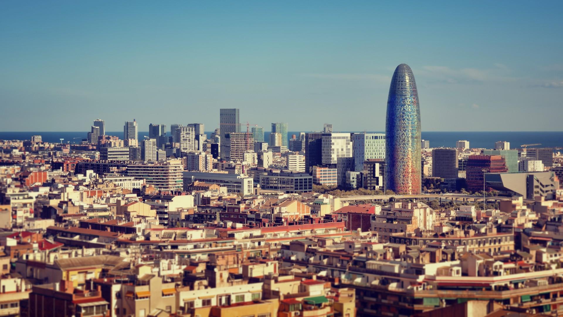 Barcelona skyline torre Glories